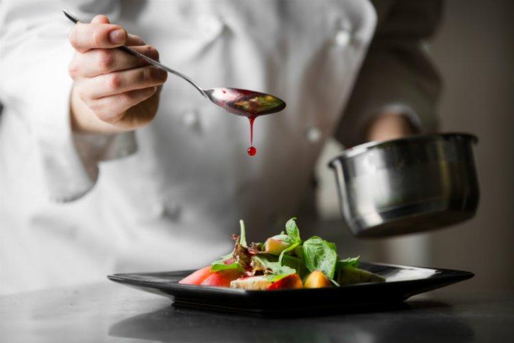 promuovere-ristorante-social-network